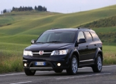 Autoesittely Fiat Freemont (2012)