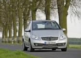 Autoesittely Mercedes-Benz A-sarja 2010-2011