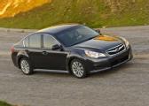 Autoesittely Subaru Legacy 2012
