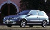 Autoesittely Nissan Almera 2000-2006