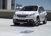 Autoesittely Peugeot 2008 2013
