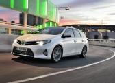 Autoesittely Toyota Auris Touring Sports 2013