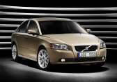 Autoesittely Volvo S40