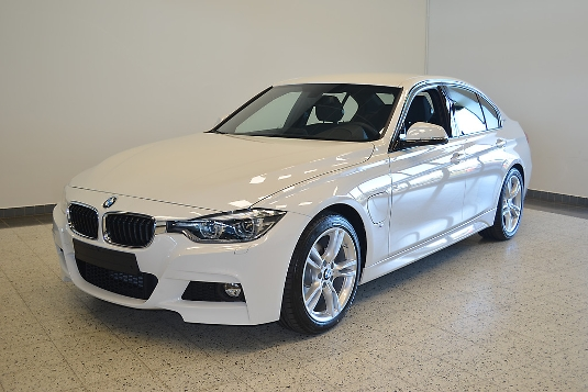 BMW 330, Immediately deliverable car