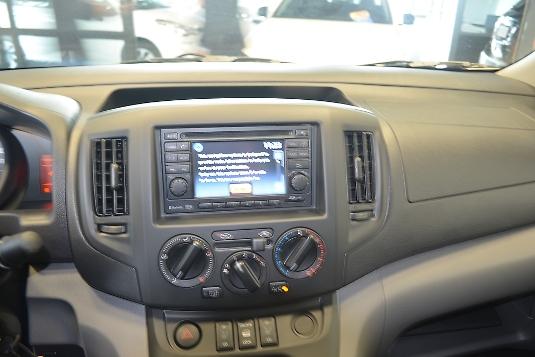 Nissan NV200, Immediately deliverable car