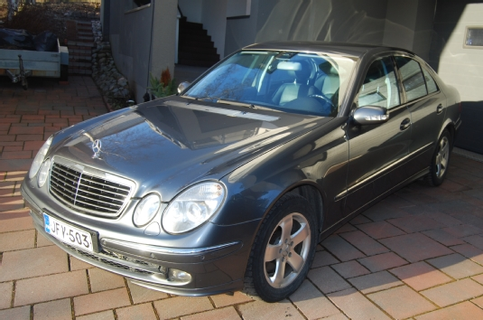 Myyd n mercedes benz e 2005 vantaa jfv 503 for Mercedes benz training and education