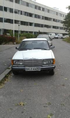 Mercedes-Benz 240, Vaihtoauto