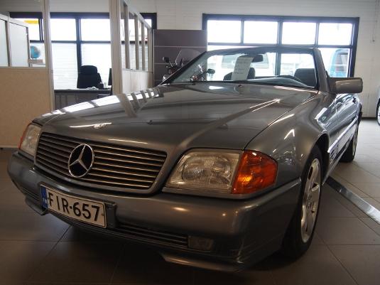 Mercedes-Benz 300, Vaihtoauto