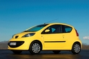 Autoesittely Peugeot 107 2006-2010