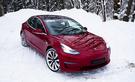 Koeajo: Tesla Model 3 Suomen talvessa – jättää lähes sanattomaksi