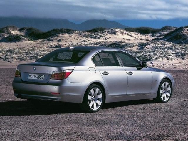 Autoesittely BMW 5-sarja 2003-2006