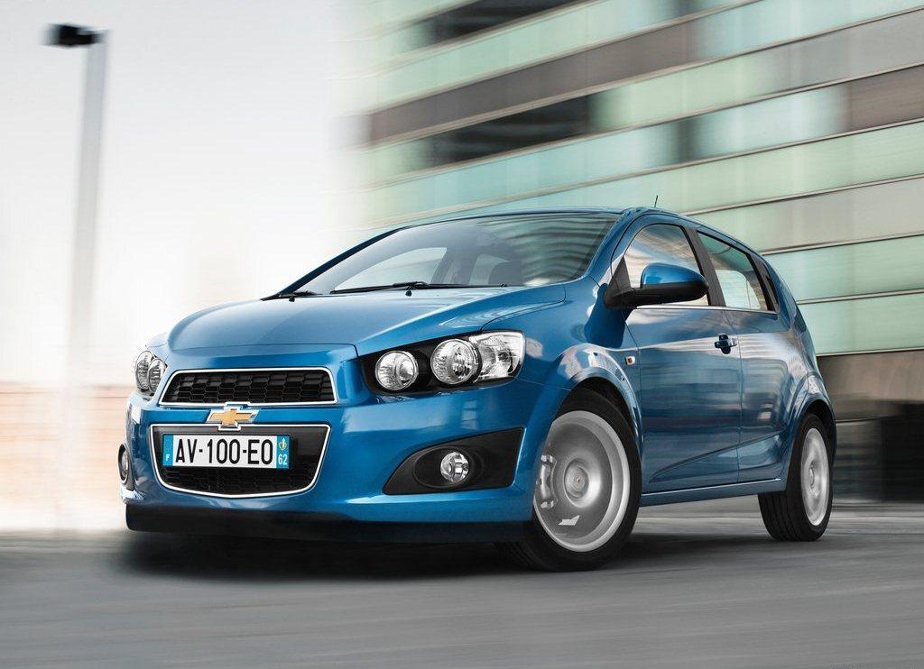 Autoesittely Chevrolet Aveo 2012