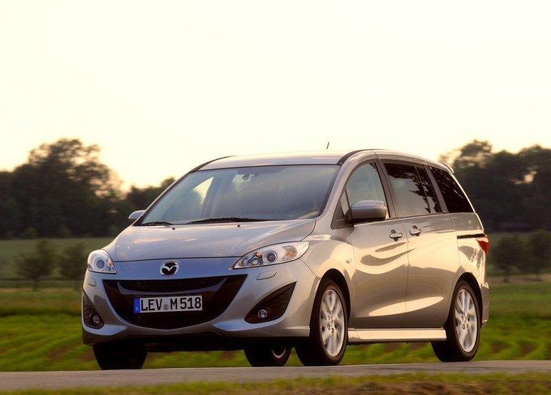 Autoesittely Mazda 5 (2011)