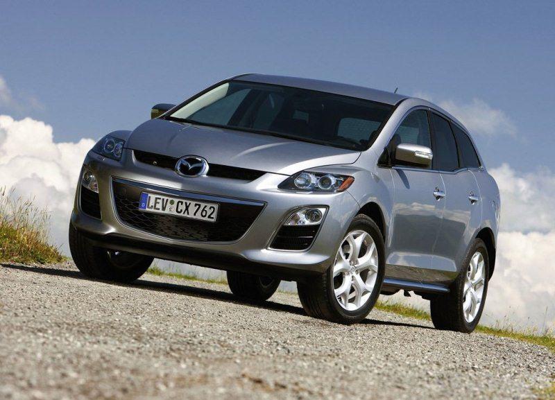 Autoesittely Mazda CX-7 2011-2012