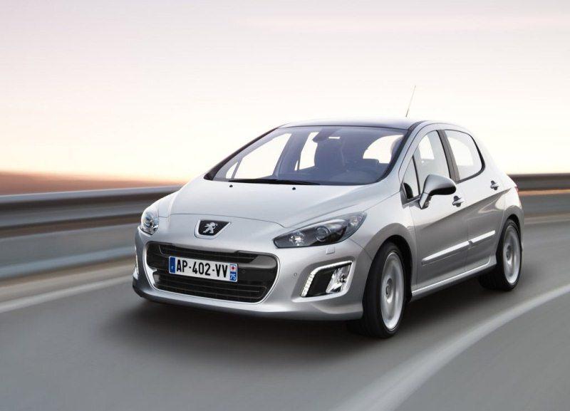 Autoesittely Peugeot 308 2012