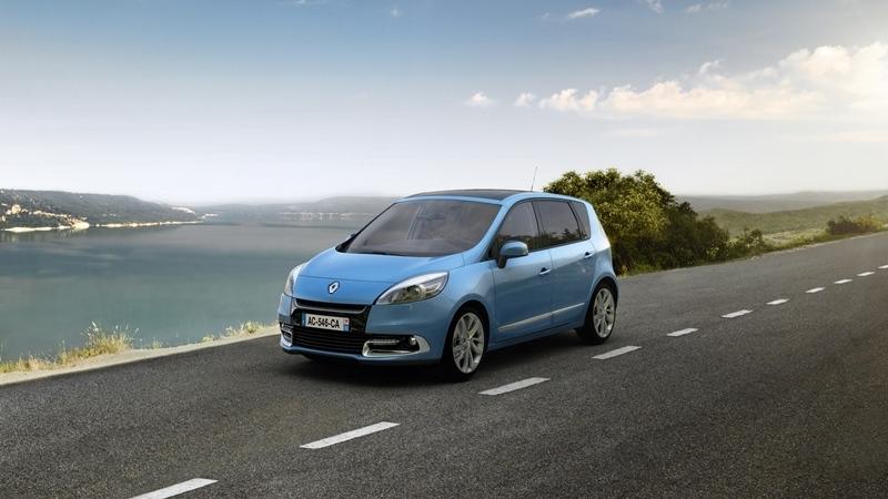Autoesittely Renault Scenic 2012