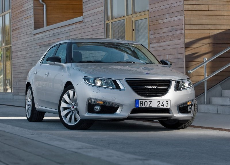 Autoesittely Saab 9-5 2012