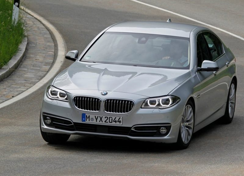 Autoesittely BMW 5-sarja 2013