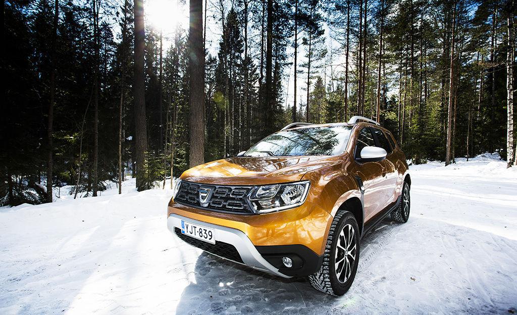 Uusi Dacia Duster koeajossa - huima loikka ylöspäin