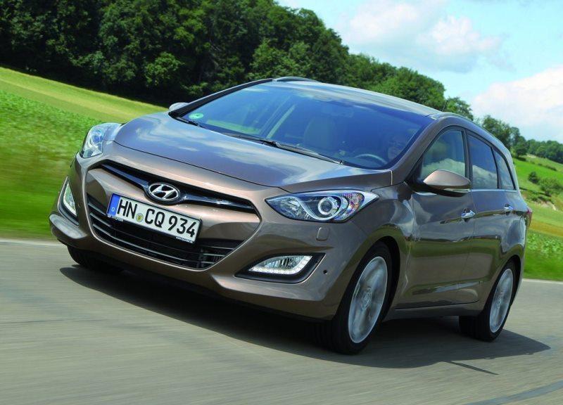 Autoesittely Hyundai i30 Wagon 2013