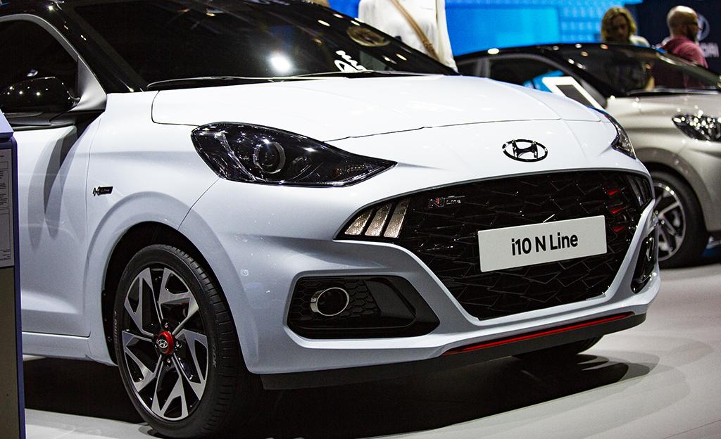 Kauppakassillakin saa koreilla – katso kuvat Hyundain näyttävästä i10 N Line -uutuudesta