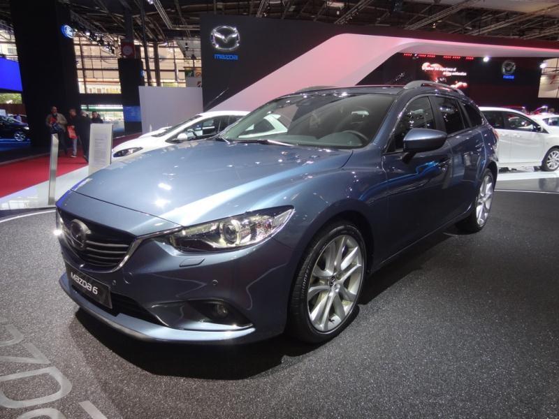 Pariisin autonäyttely 2012: Mazda