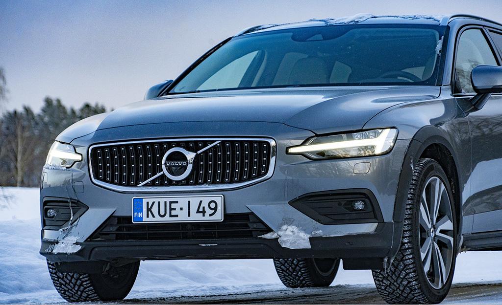 Dieselin aika ei ole vielä ohi – koeajossa Volvo V60 Cross Country B4 -kevythybridi