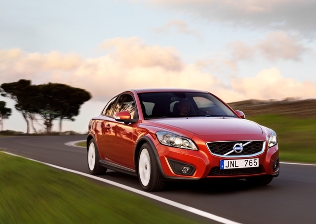 Autoesittely Volvo C30 2012