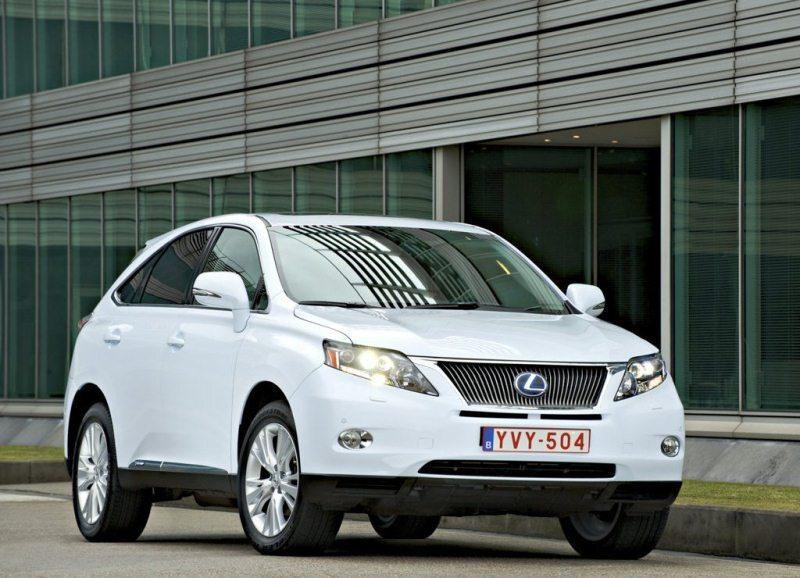 Autoesittely Lexus RX 450h 2012