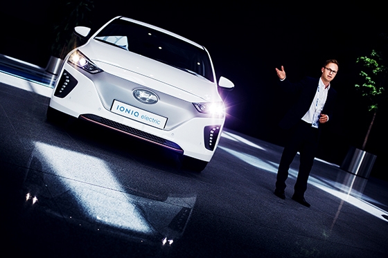 Ensituntuma IONIQiin - Hyundain sähkömunat neljässä korissa