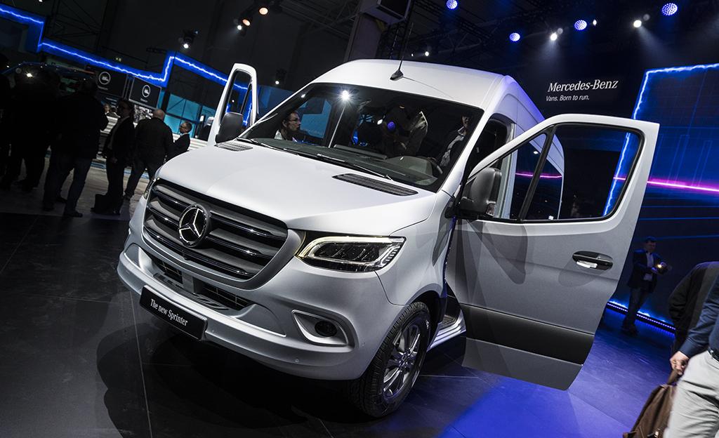 Tässä on uusi Mercedes-Benz Sprinter - aidosti älykäs pakettiauto