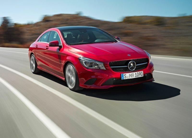 Autoesittely Mercedes-Benz CLA 2013