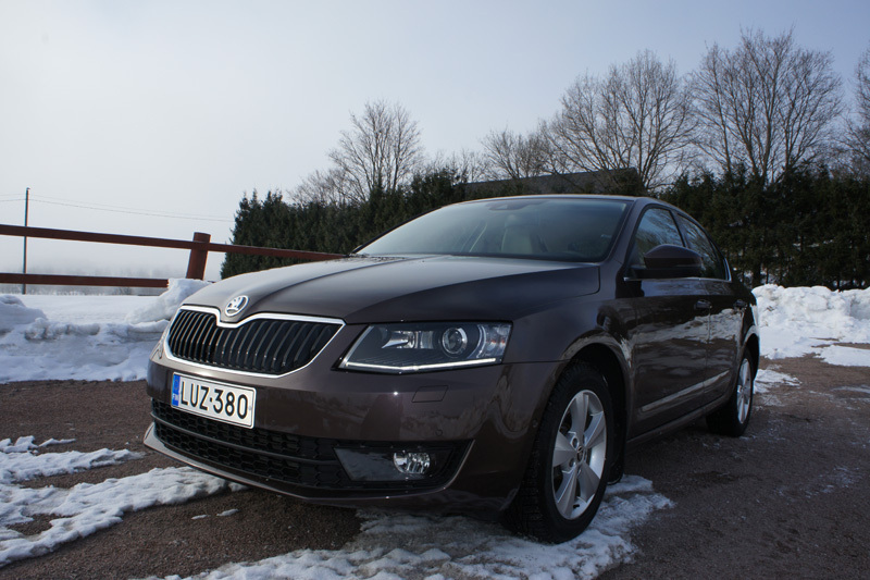 koeajo skoda octavia 1 8 tsi dsg elegance 2013. Black Bedroom Furniture Sets. Home Design Ideas