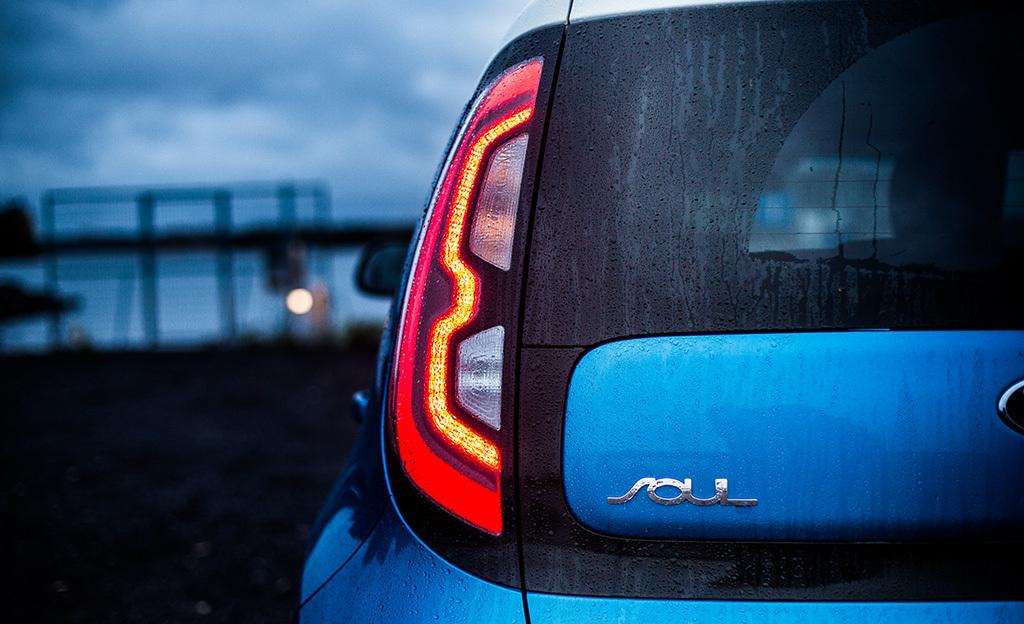 Koeajossa Kia Soul EV - helppo siirtyminen sähköautoiluun
