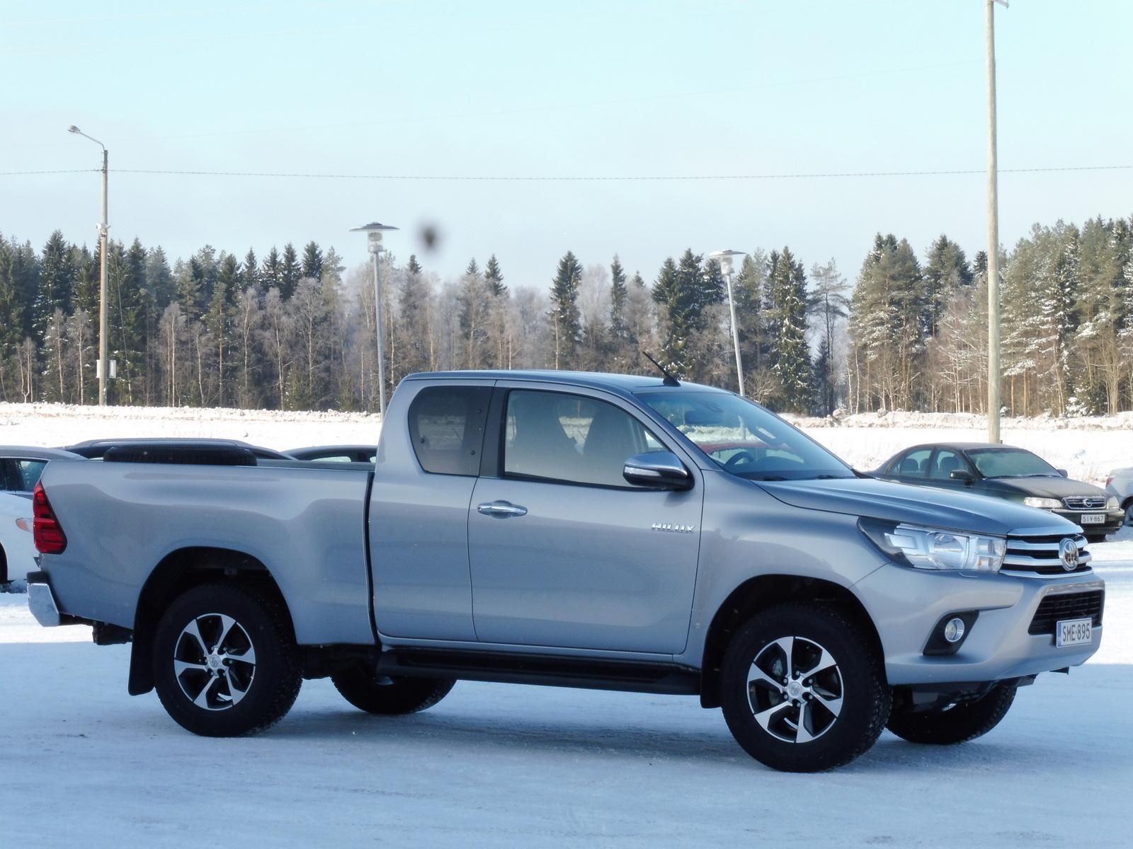 Toyota Hilux, Vaihtoauto