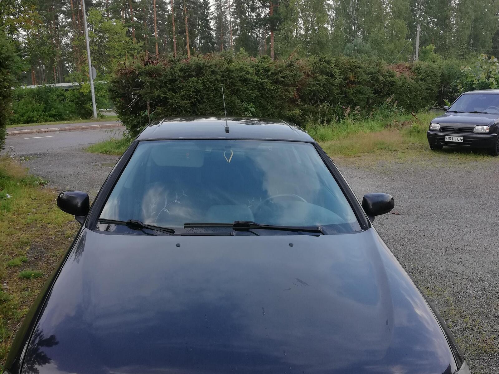 Nissan Almera, Vaihtoauto