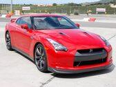 Autoesittely Nissan GT-R 2009-2011