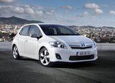 Autoesittely Toyota Auris 2012