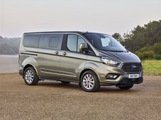 Ford Tourneo Custom, Uusi auto
