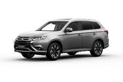 Mitsubishi Outlander PHEV, Immediately deliverable car