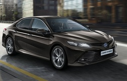 Toyota Camry, Immediately deliverable car