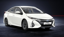Toyota Prius Plug-in, Immediately deliverable car