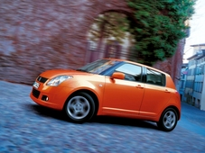 Autoesittely Suzuki Swift 2005-2010