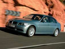 Autoesittely BMW 3-sarja 2008-2009