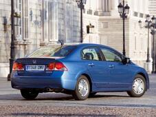 Autoarvio: Koeajossa Honda Civic 4d 1.8 Executive