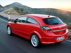 Autoesittely Opel Astra GTC (2008)