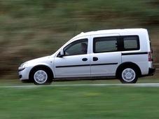 Autoesittely Opel Combo 2008