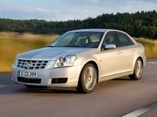 Autoesittely Cadillac BLS (2008)
