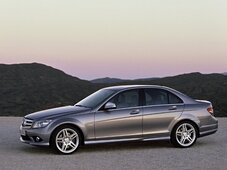 Autoesittely Mercedes-Benz C-sarja 2009