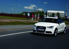 Autoesittely Audi A1 (2010)